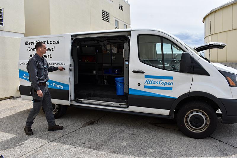 Service-Tech-with-Van